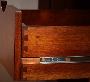 Dovetail Drawer with Accuride Side Glides
